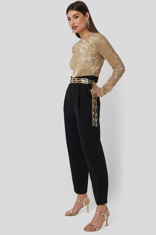 Sequin Round Neck Top Gold Outfit