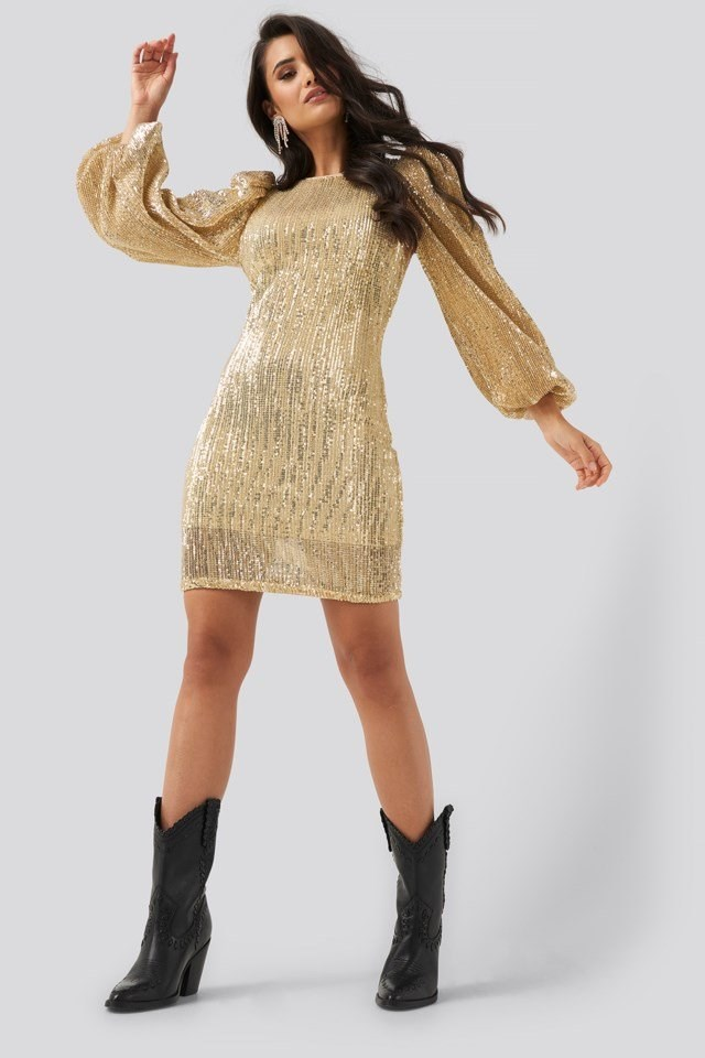 Puff Sleeve Sequin Mini Dress Outfit