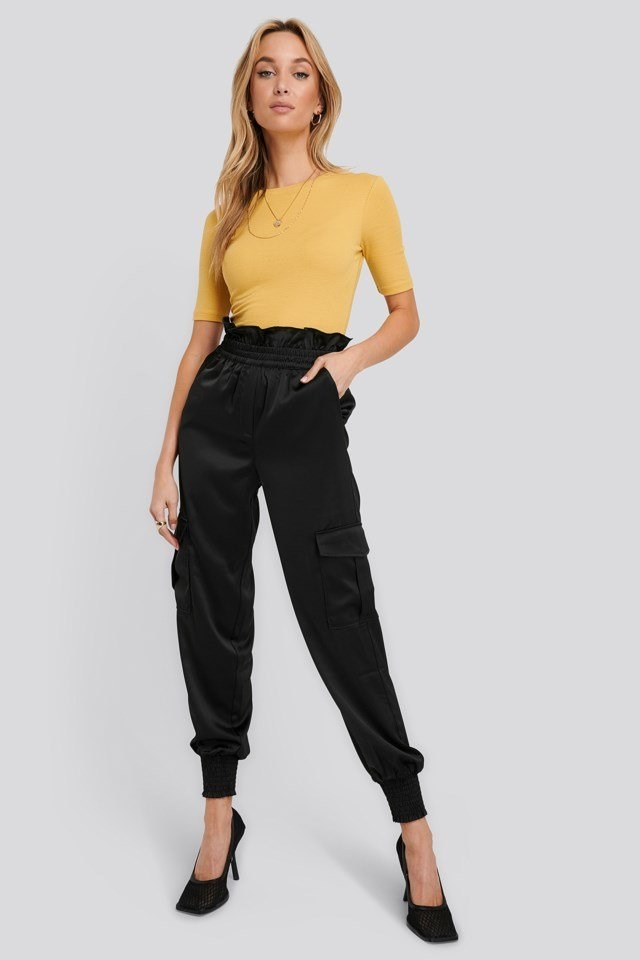 Shirred Hem Cargo Pants Outfit