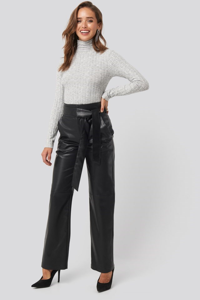 Knitted Turtleneck Top Outfit