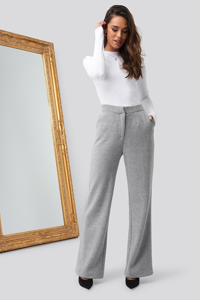 Turtle Neck Cropped Top White Outfit