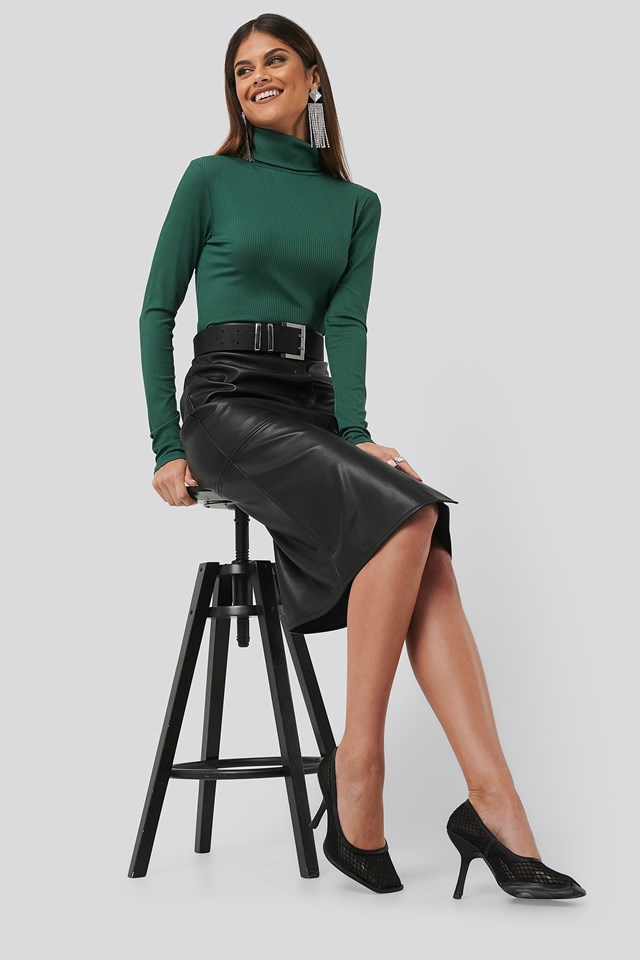 High Neck Ribbed Top Green Outfit
