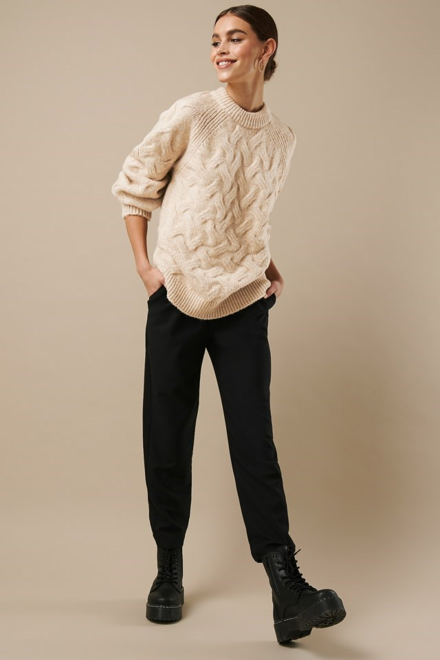 Chunky Cable Knitted Sweater Beige Outfit