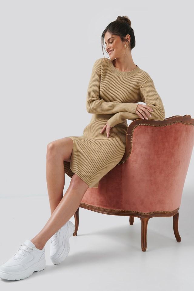 Drop Shoulder Knit Outfit