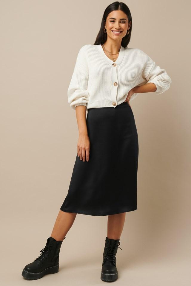 Satin Midi Skirt Black Outfit