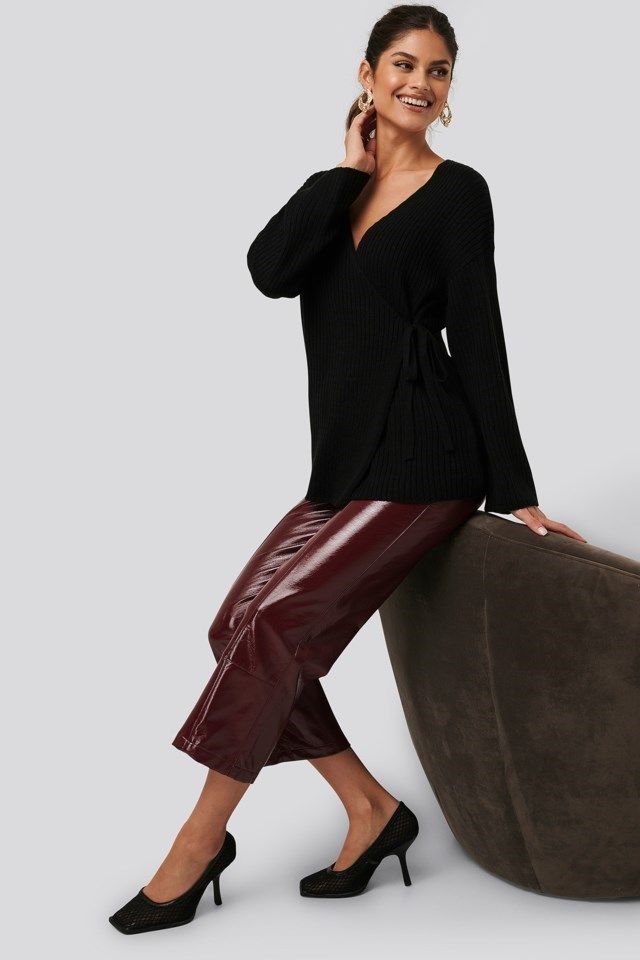 Ribbed Overlap Tie Sweater Black Outfit