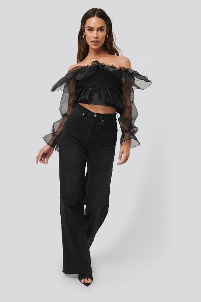 Carmen Neck Outfit.