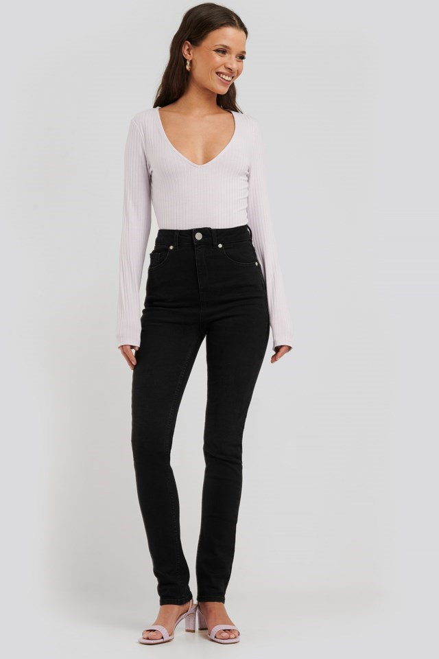 Ribbed V-Neck Top outfit