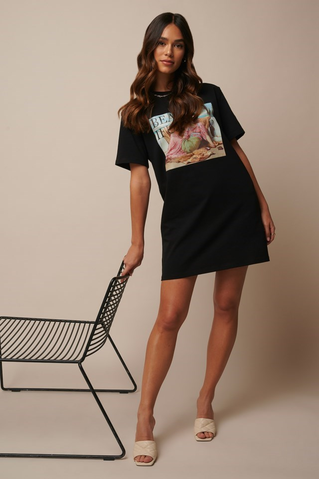 Beautiful Printed T-Shirt Dress Outfit