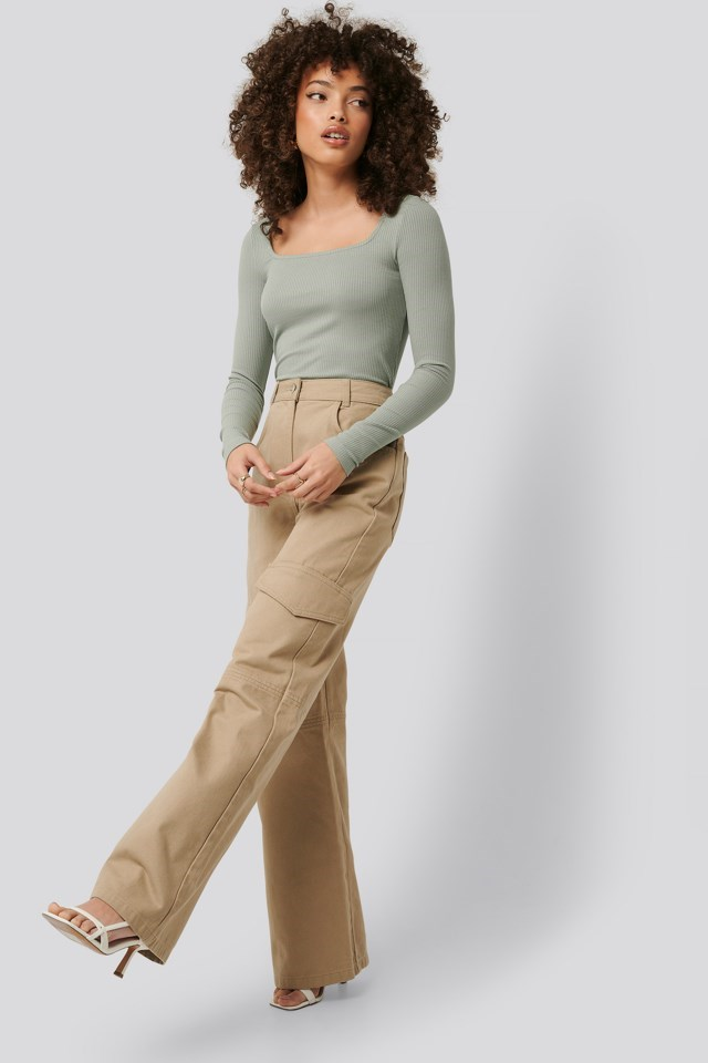 Wide-Leg Cargo Pants Outfit