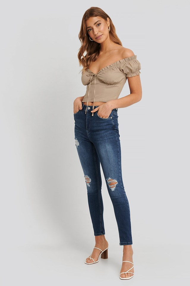 Off shoulder Cup Top Outfit