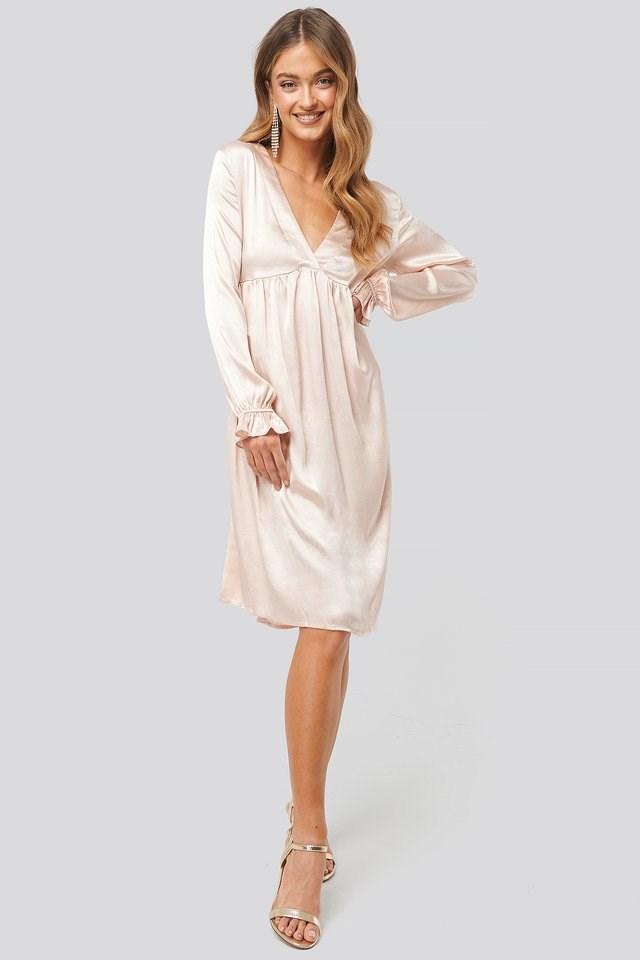 V Front Frill Sleeve Dress