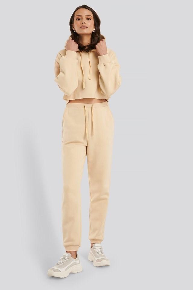 Slanting Shoulder Cropped Hoodie Outfit