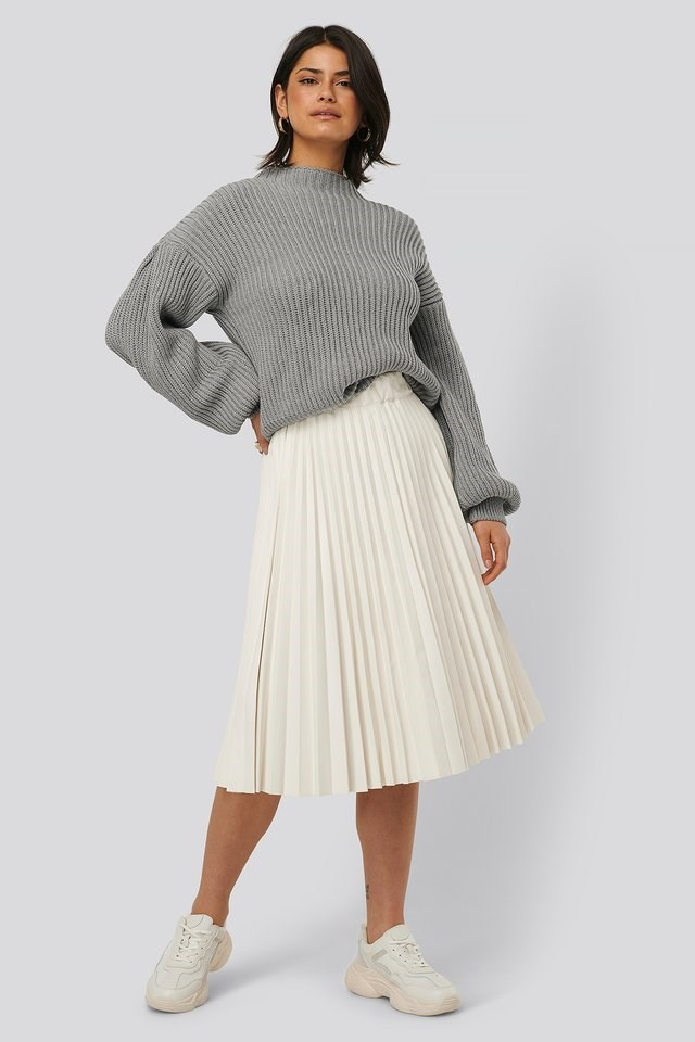 Balloon Sleeve Knitted Sweater Outfit