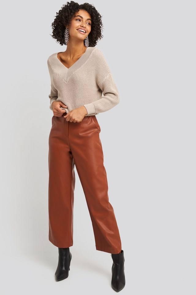 V-Neck Wide Rib Knitted Sweater