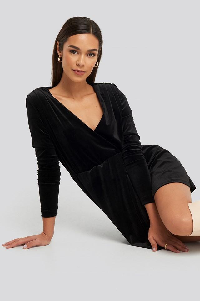 Mini Overlap Velvet Dress Black