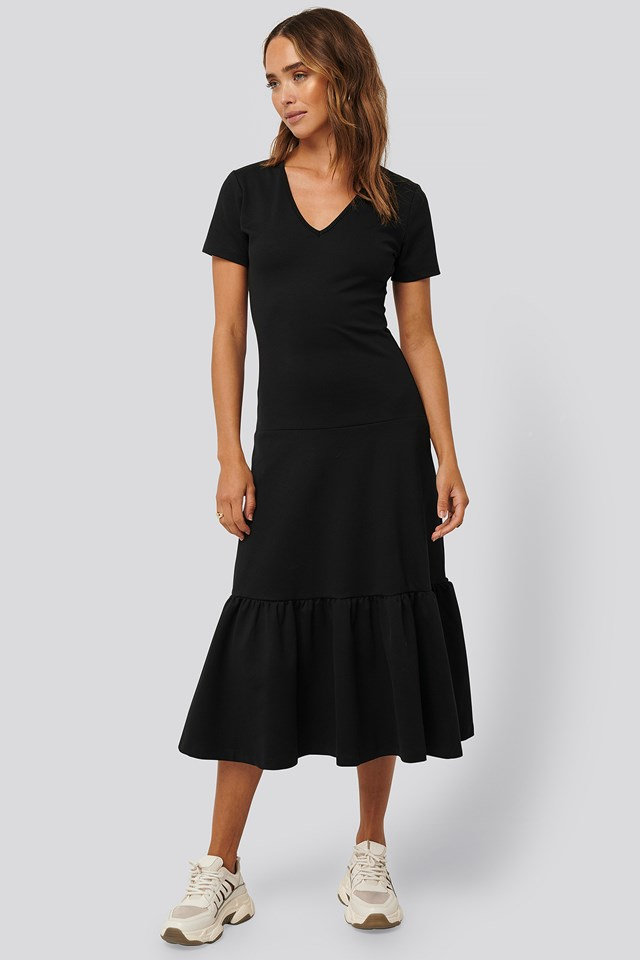 Short-Sleeve Flywheel Midi Dress Black
