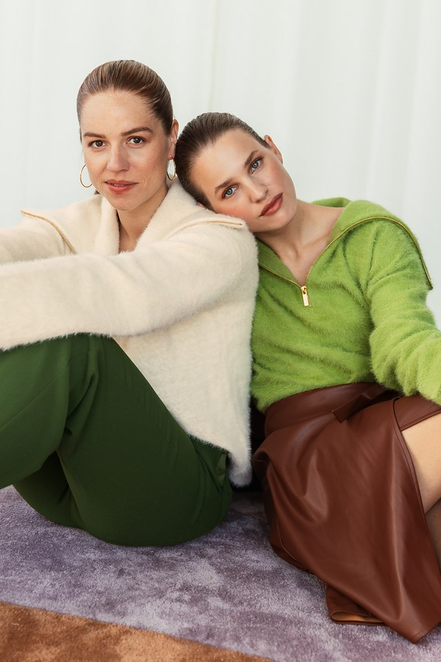 Wide Collar Knitted Sweater Green