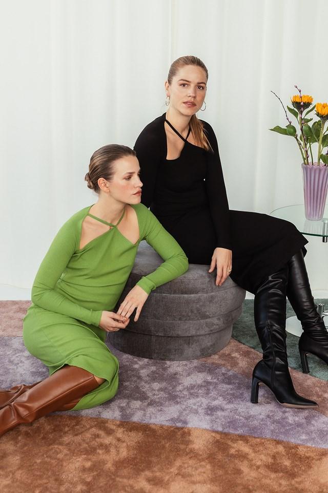 Front Detail Long Sleeve Dress Black